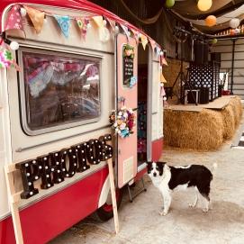 Caravan of Love - Vintage Photobooth