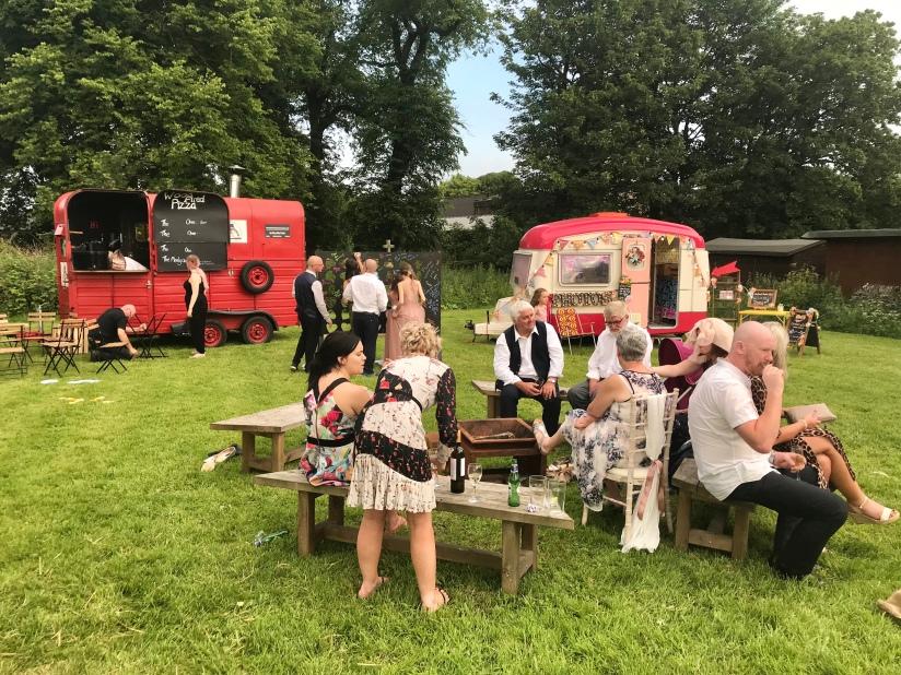 Caravan of Love, Wedding Photo Booth